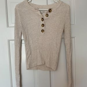 NWOT American Eagle Outfitters Button Sweater